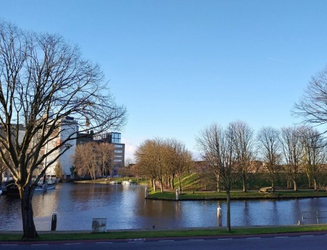 Overrijn, Leiden